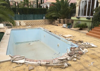 Swimming Pool Build – From Fibreglass to Concrete